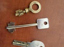 Nos artisans font des dépannages avec des clés demarque de grands fabricants