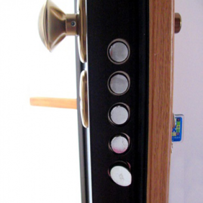 artisan serrurier -installation serrure Multipoint