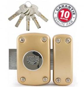 Un artisan est disponible pour une installation verrou de sûreté irréprochable.